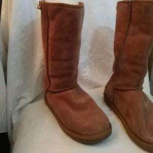 Emu beige suede merino-wool-lined boots-sz 9